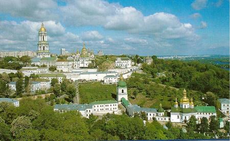 Lavra Pecerska - Lavara Pesterilor din Kiev