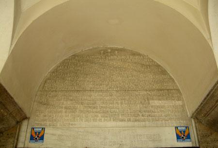 Biserica Sfintii Imparati Constantin si Elena - Bariera Vergului