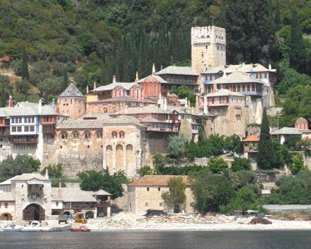 <a href='/biserica-in-lume/67764-schitul-sfantul-ilie-sfantul-munte-athos' _fcksavedurl='/biserica-in-lume/67764-schitul-sfantul-ilie-sfantul-munte-athos' title='Schitul Sfantul Ilie - Sfantul Munte Athos' class='linking auto'>Sfantul Munte Athos</a>