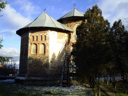 Biserica Balinesti