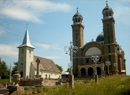 Biserica din Ghelari - inainte de restaurarea catedralei