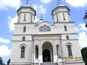 biserica mare cu demisol