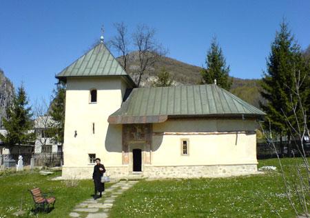 Biserica-bolnita a Manastirii Polovragi