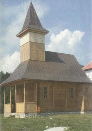 Biserica din lemn a Caminului de batrani Glimboca