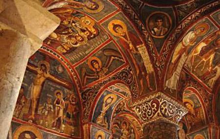 Biserica Karanlik sau Biserica Neagra
