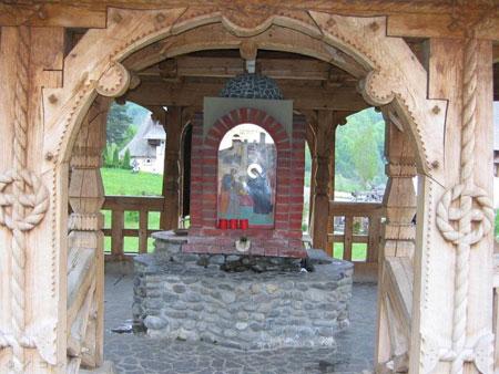 Manastirea Barsana - Aghiazmatarul