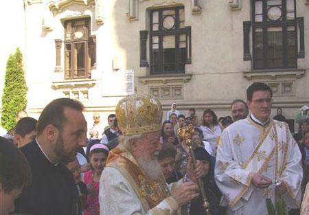 Duminica Tututor Sfintilor la Manastirea Antim