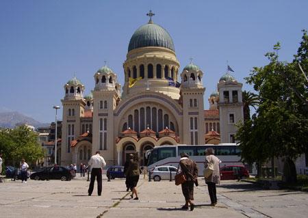 Patras - Catedrala <a href='/predici-la-sarbatorile-de-peste-an/71659-predica-la-sfantul-apostol-andrei' _fcksavedurl='/predici-la-sarbatorile-de-peste-an/71659-predica-la-sfantul-apostol-andrei' title='Predica la Sfantul Apostol Andrei' class='linking auto'>Sfantul Apostol Andrei</a>