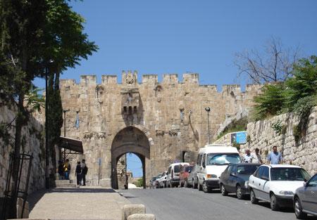 Portile vechiului oras Israel