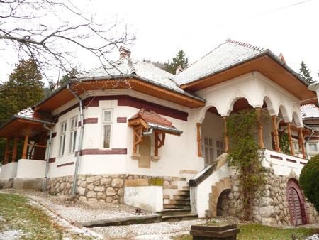 Schitul Dragoslavele - resedinta patriarhala