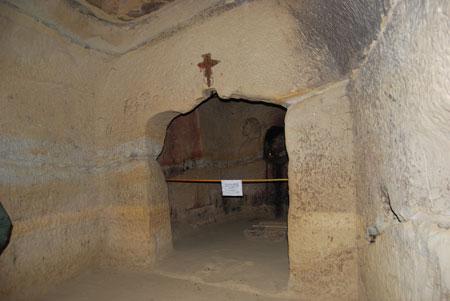 Sinca Veche - cave monastery