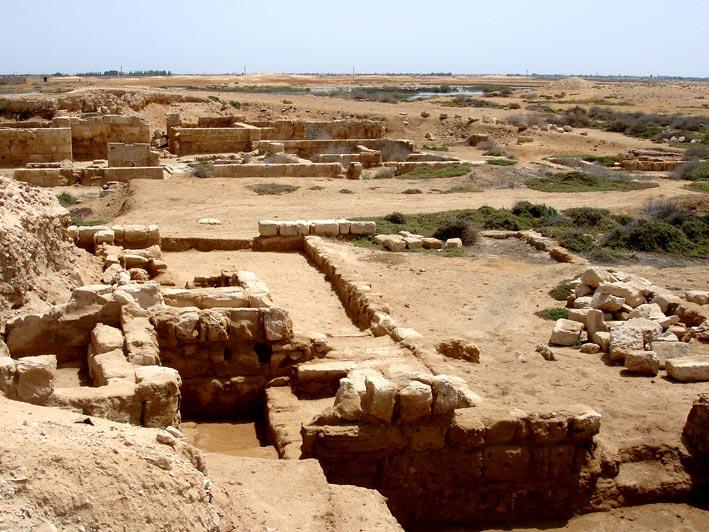 Vestigii arheologice ale vechiului oras Abu Mena