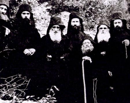 Gheron Iosif Isihastul si ucenicii