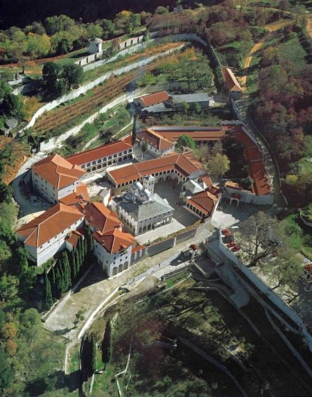 Manastirea Ikosifinissa - Drama