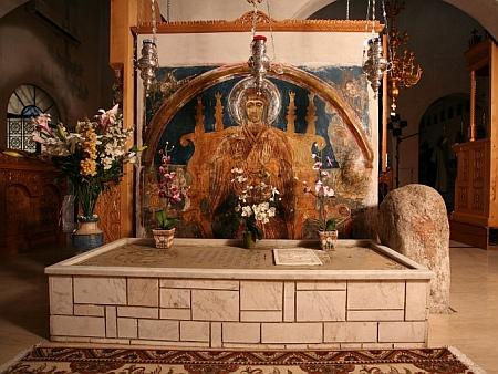 Sfanta Cuvioasa Paraschevi - Mormantul din Pounta