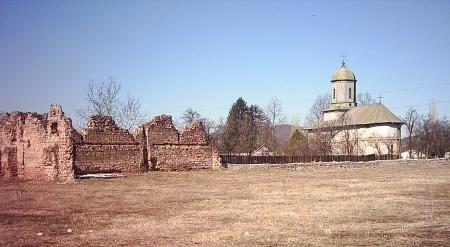 Biserica din Doicesti - Nasterea Maicii Domnului