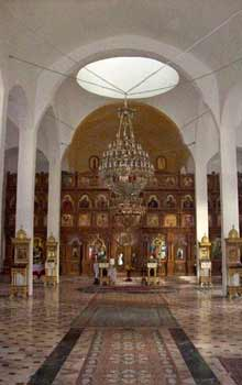 Biserica Acoperamantul Maicii Domnului - Titan