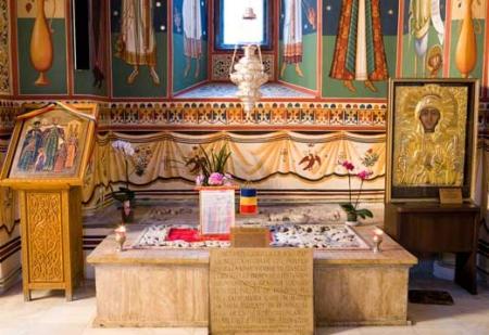 Icoana Sfintei Parascheva - Biserica Sfantul Gheorghe Nou din Bucuresti