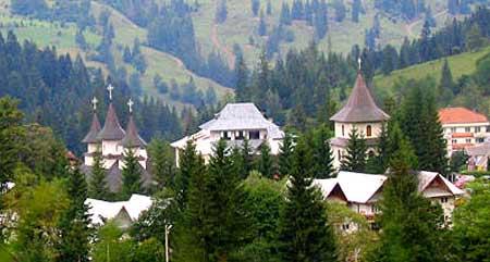 Manastirea Durau - icoana Maicii Domnului cu Pruncul