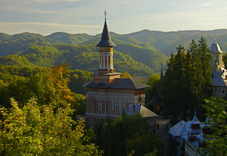 Manastirea Rohia - Manastirea Sfanta Ana