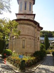 Manastirea Dintr-un Lemn – legatura tainica intre cer si pamant