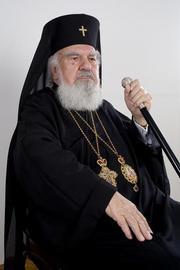 Importanta cuvantului 'întru' din Crez