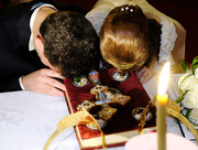 Barbati, iubiti pe femeile voastre, dupa cum si Hristos a iubit Biserica