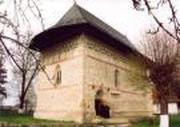 Razboieni - biserica ridicata pe oasele ostenilor lui Stefan