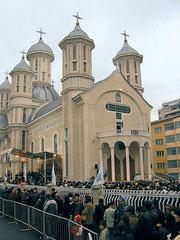 Sub obladuirea moastelor Sf. Dimitrie