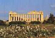 Caracterizarea formei interioare a sufletului grecului antic in epoca socratica-platonica